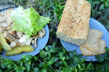 Chleb pełnoziarnisty na zakwasie z ogórków kiszonych