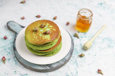Szpinakowe pancakes – oryginalne śniadanie